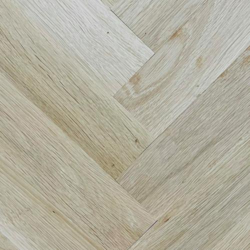 1m²: 22mm - Rustic Grade Oak - Solid - Herringbone Block Flooring - Unfinished - 22x70x280mm - (0.784m²/pk)